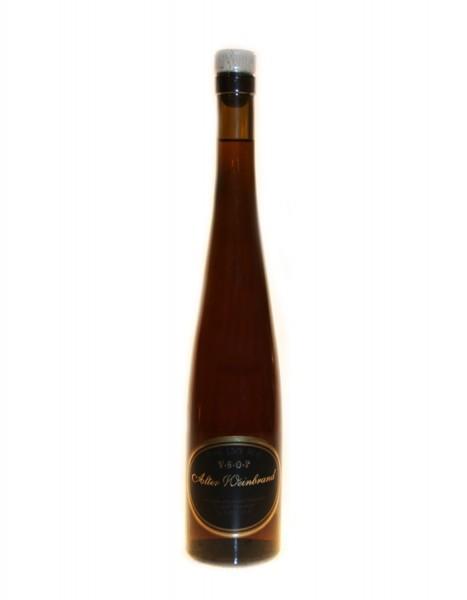 Alter Weinbrand